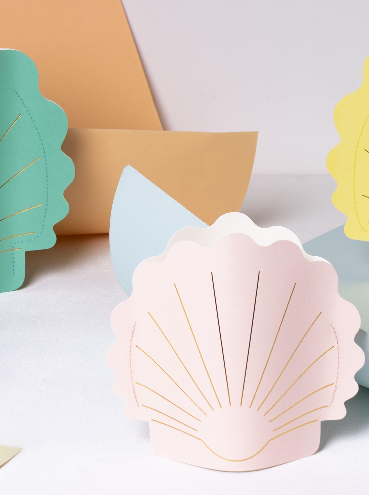 """Paper Vase """"Hera"""" pink pale"""