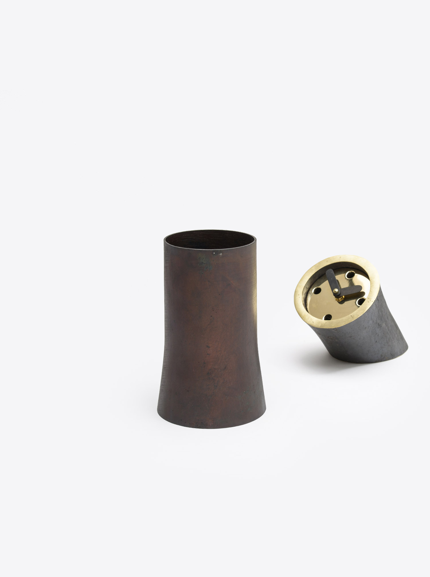 "Vase ""Atom II"" cast brass patinated"