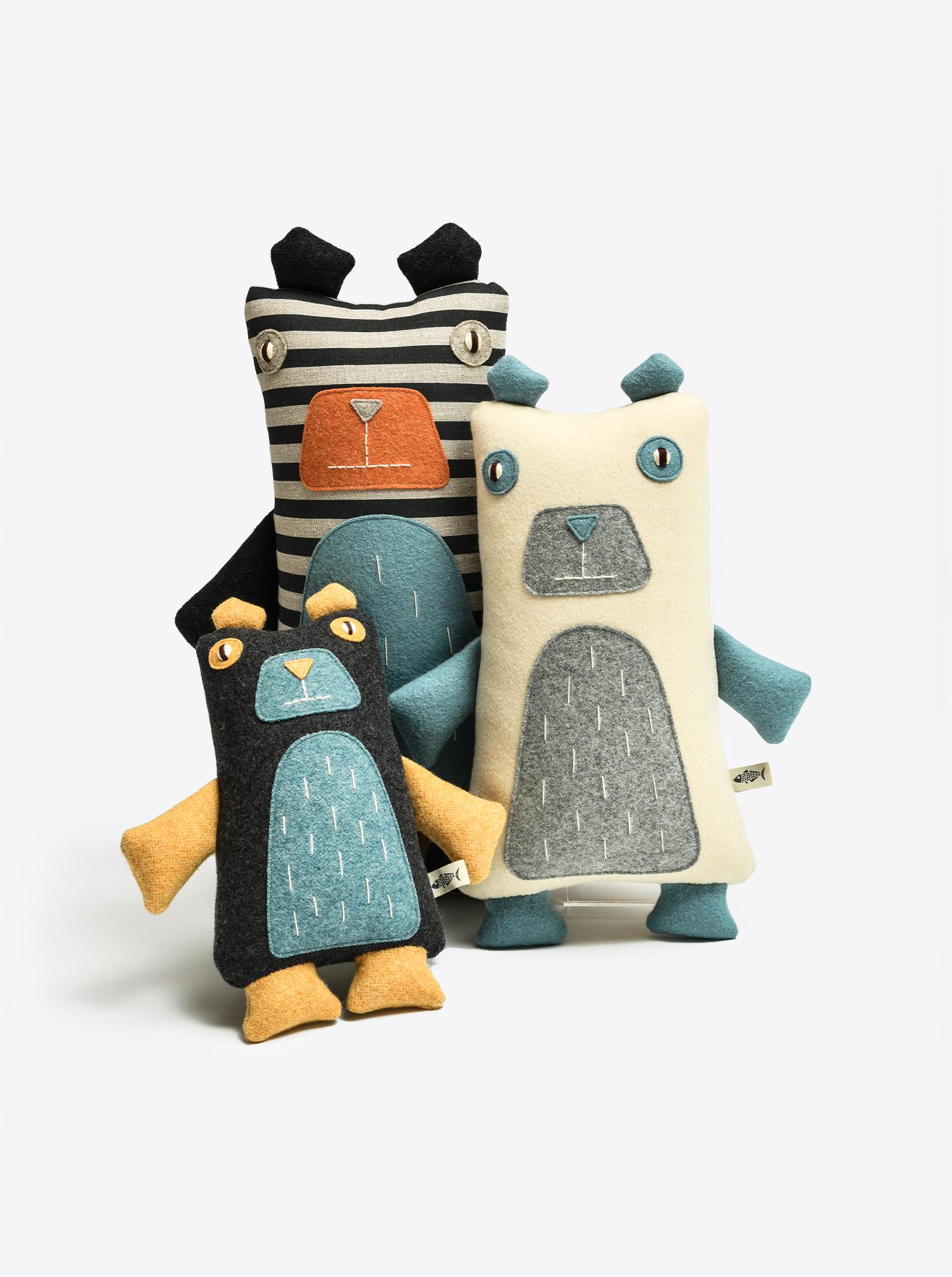 "Bear ""Tomo"" handmade L"