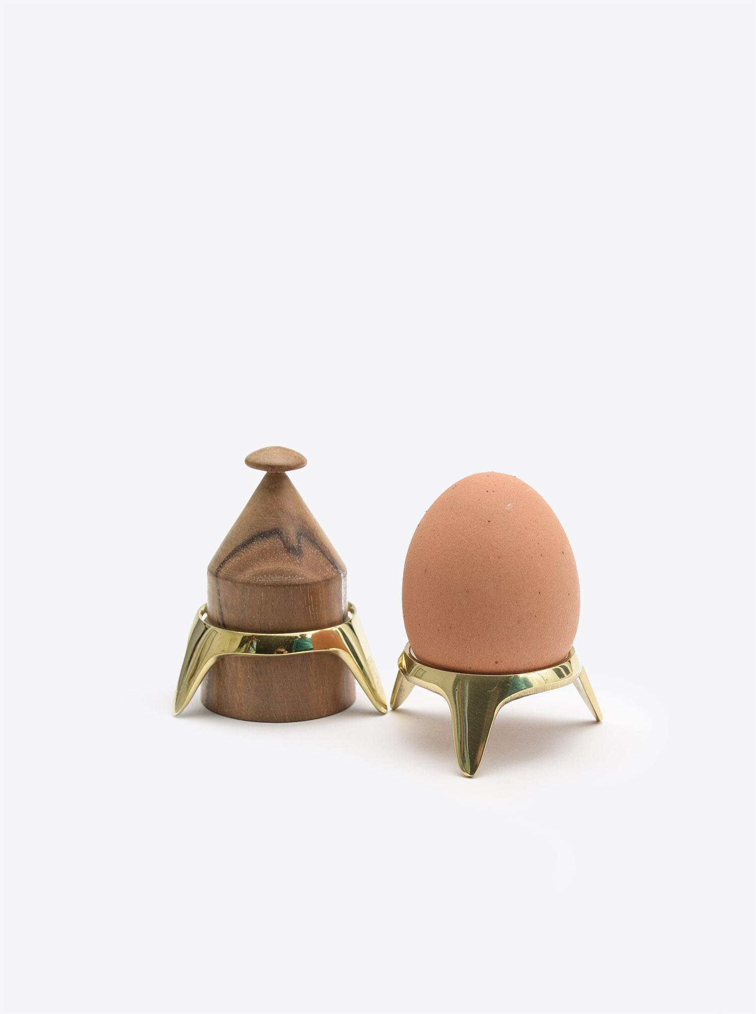 Eierbecher Set mit Ständer Walnuß Vintage