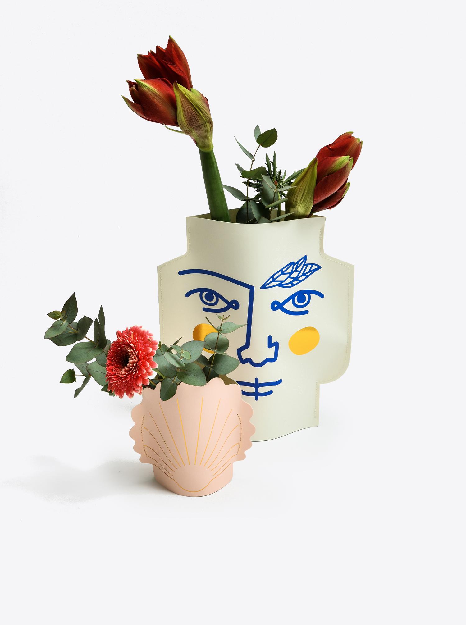 """Papier Vase """"Hera"""" pink"""