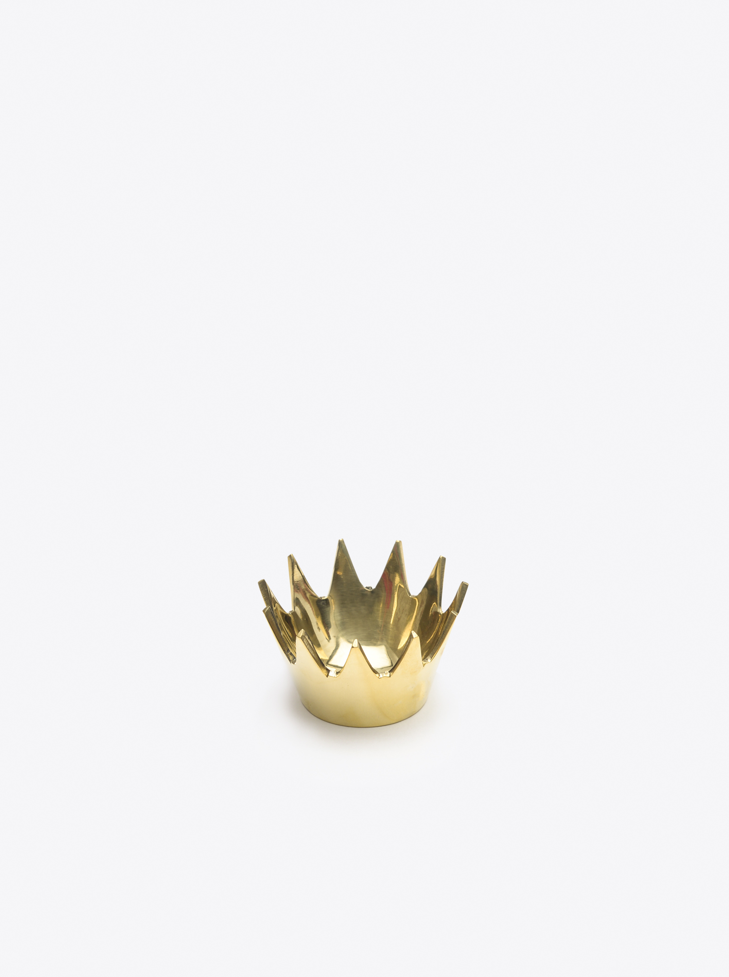 """Crown"" Ashtray Brass polished"