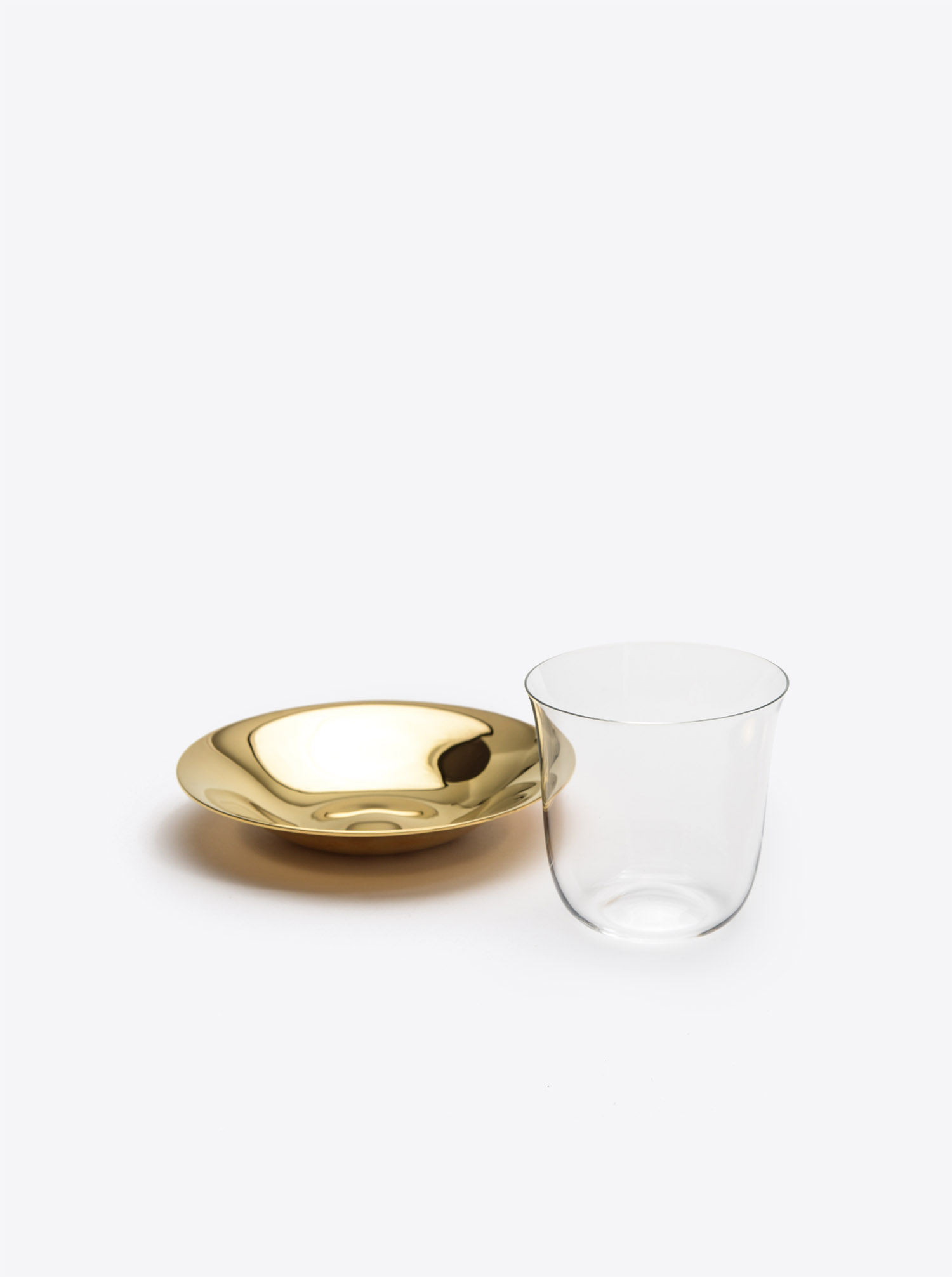 "Mocca Glass Set ""Lily"" with plate in brass gold"