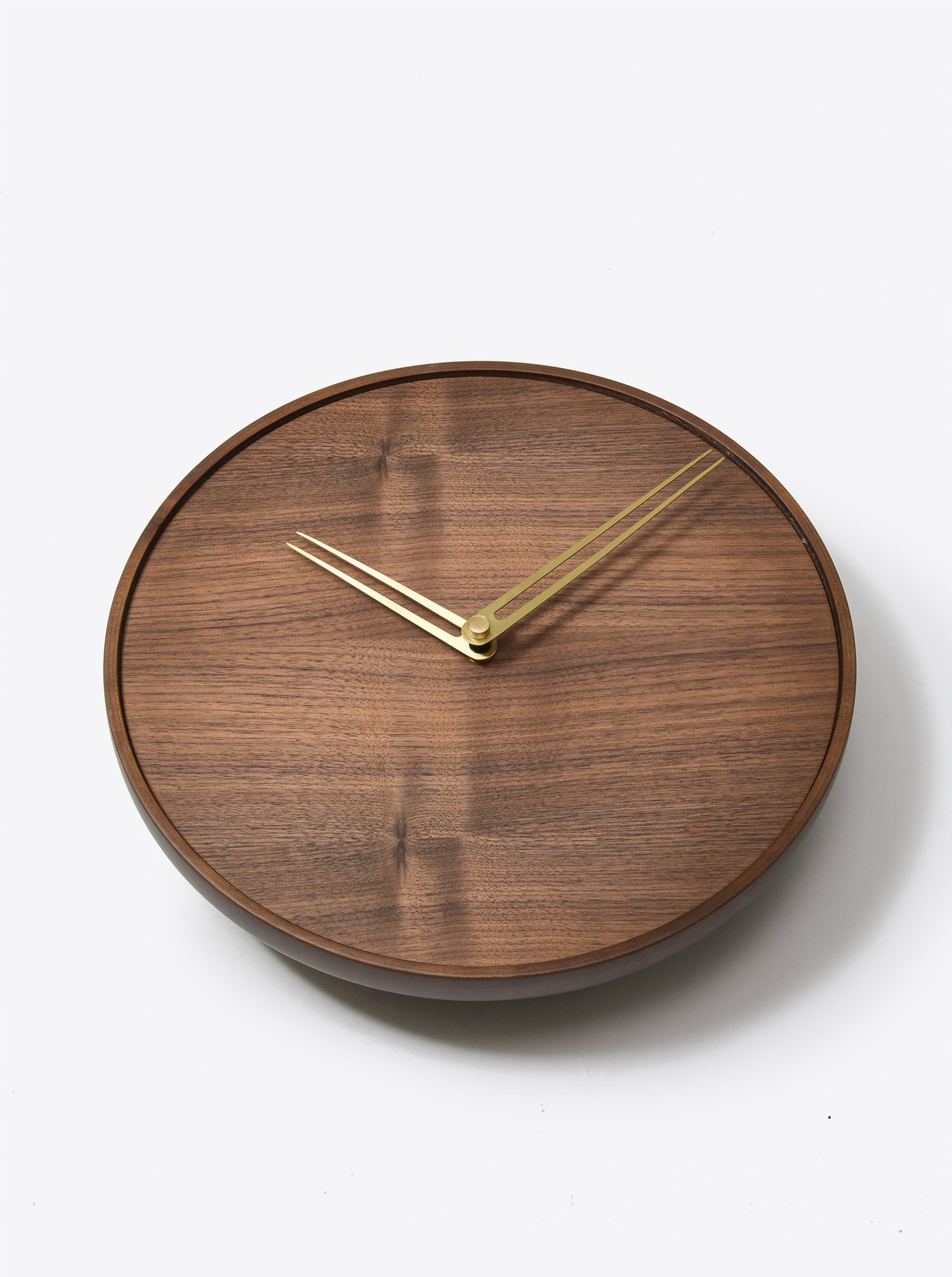"Wall Clock ""Jazz"" Walnut D34cm"