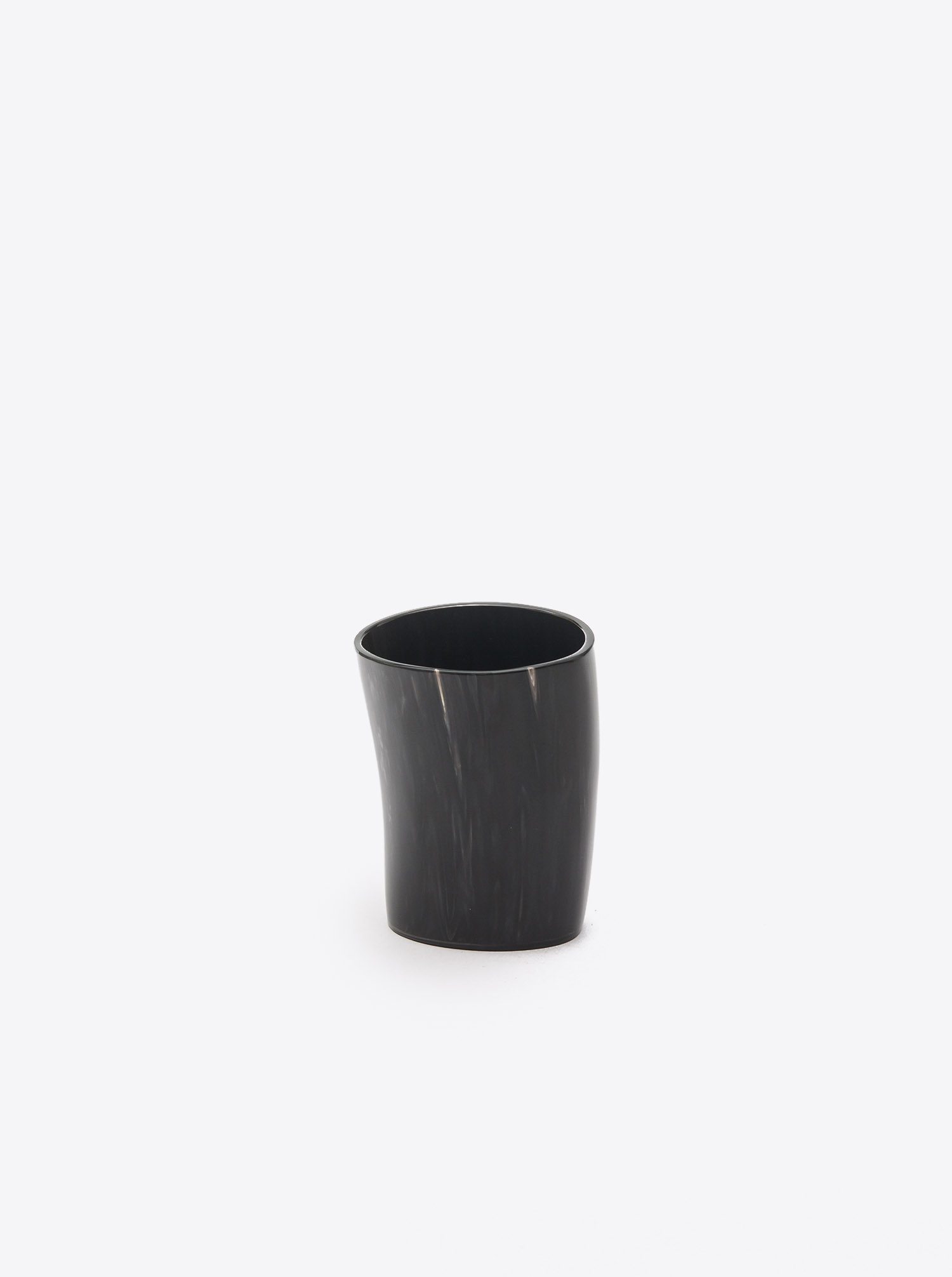 Cup made of Horn dark M